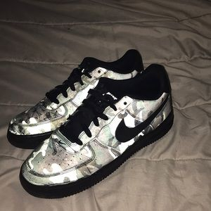 Nike camouflage Air Force 1 reflective